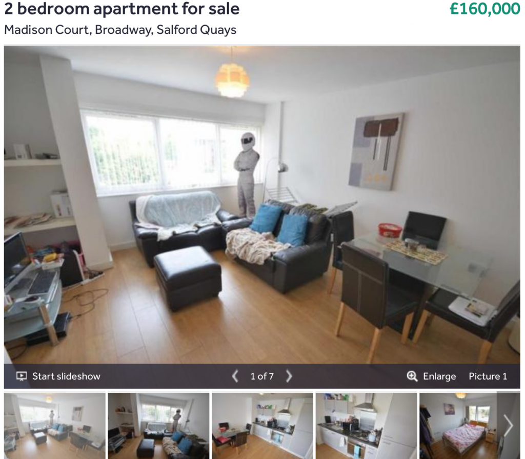2 bedroom apartment for sale in Salford Quays - property market is on sale
